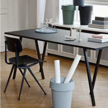LOOP STAND TABLE 160 nero